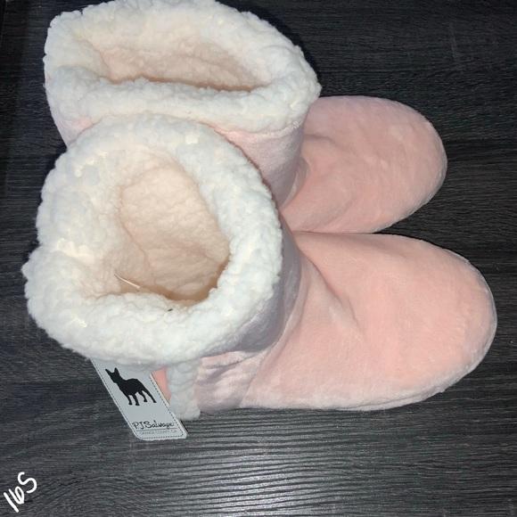 PJ Salvage Shoes - NWT P.J. Salvage Plush Bootie